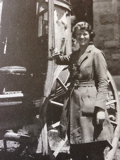 A picture of Peg Lindsley in her uniform