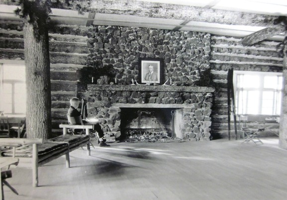 Roosevelt Lodge, interior, circa 1921