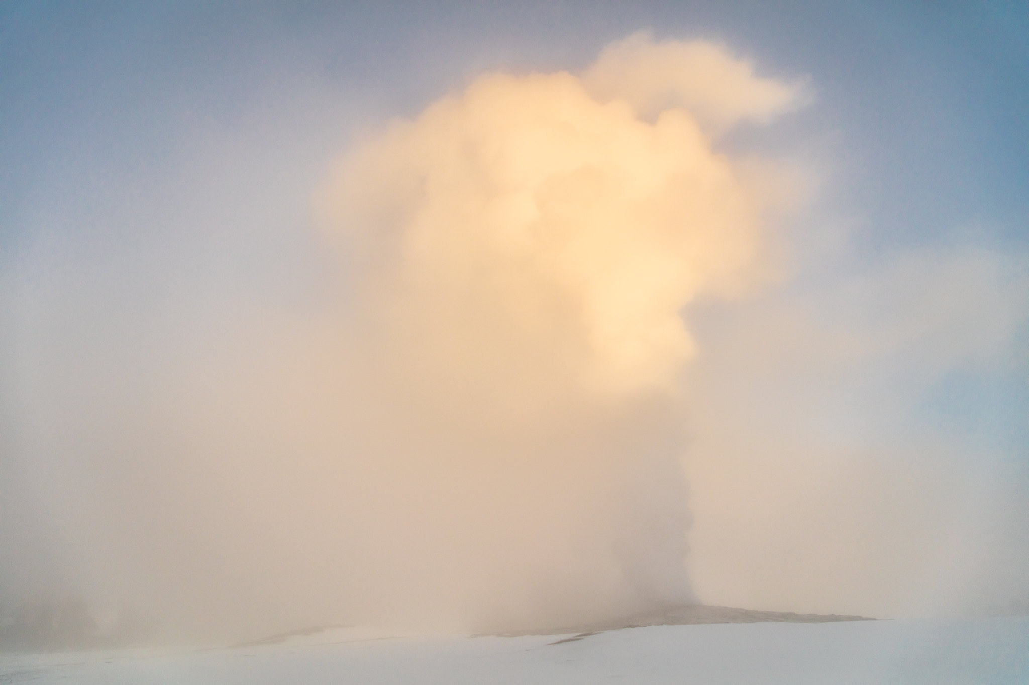Old Faithful eruption in an inversion