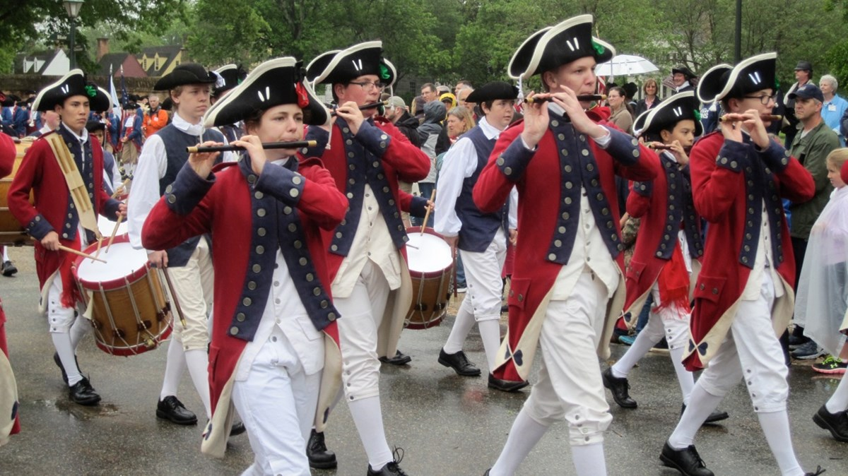 The Fifes and Drums of York Town performing in Yorktown