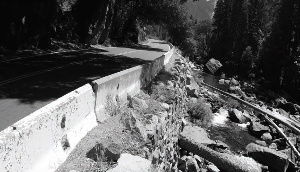 Section of El Portal Road that is failing