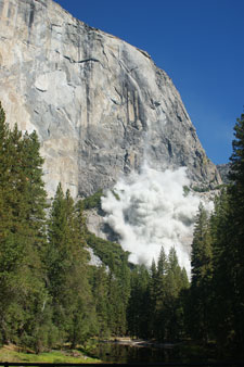 Dust cloud resulting from a rockfall from El Capitan