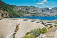 Tall dam beginning the Hetch Hetchy reservoir