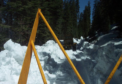 Plows working on Tioga Road