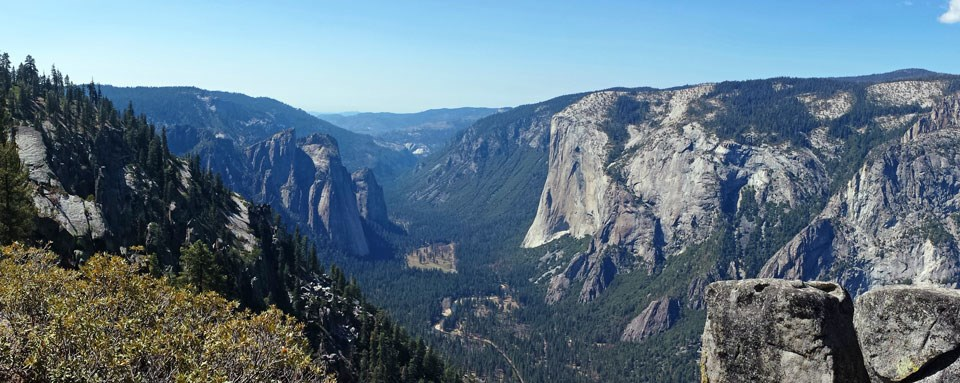 Yosemite Valley as seen from the trail between Taft Point and Sentinel Dome