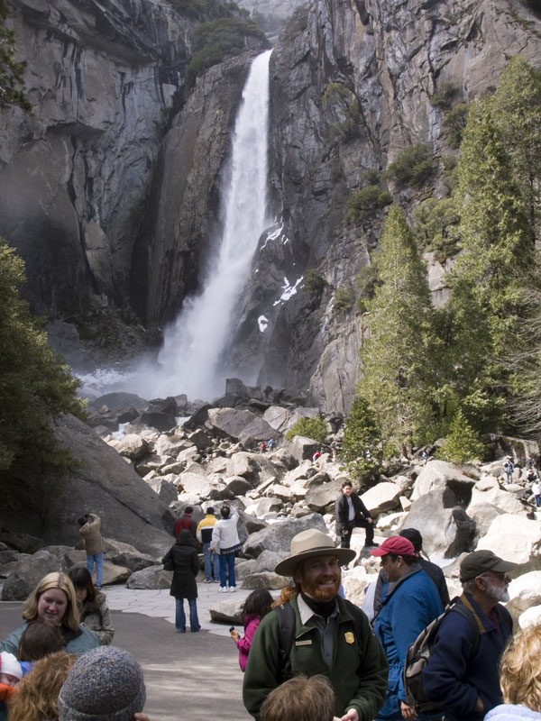 Climber Falls in Yosemite Lower Yosemite Fall Easy