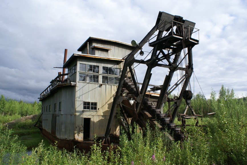 The Coal Creek dredge.