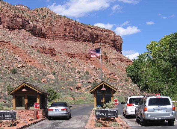 Grand Canyon Waives Entrance Fees For Veterans Day Weekend 2017